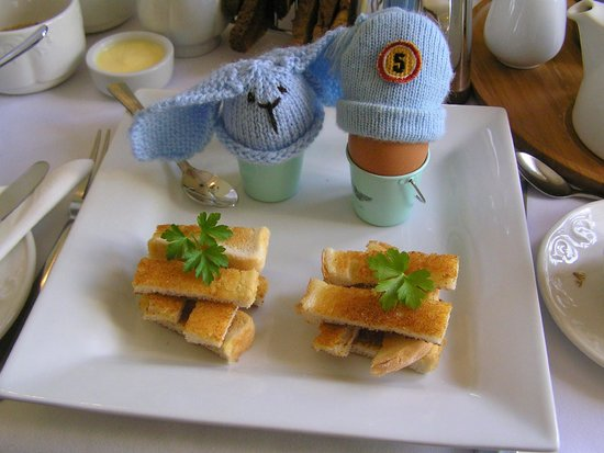 Trafalgar House : Spoiled eggs with soldiers:)