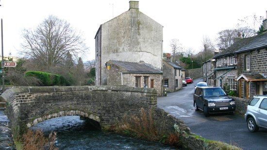 Castleton Walk