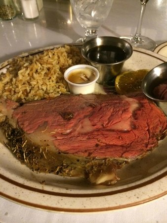 The Branding Iron Restaurant: Prime Rib