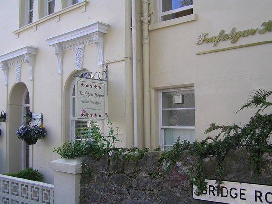 Trafalgar House : B&B