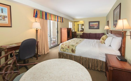 The Palms Oceanfront Hotel: Island Guestroom