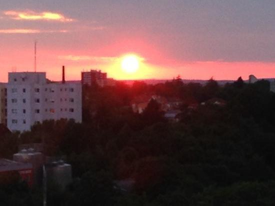 Panorama Hotel Schweinfurt: zonsondergang vanuit hotelkamer 8e verdieping