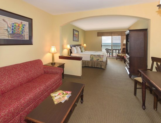 The Palms Oceanfront Hotel: Oceanfront King Guestroom