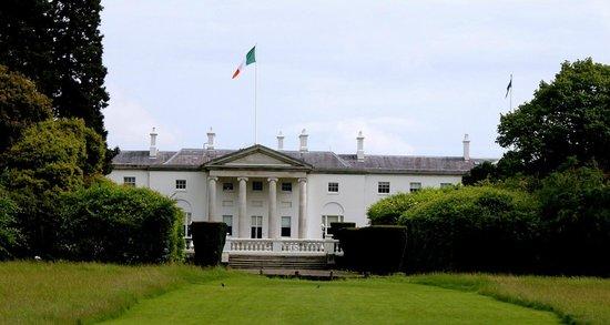 Phoenix Park: Áras an Uachtaráin, The official residence of  the President of Ireland.