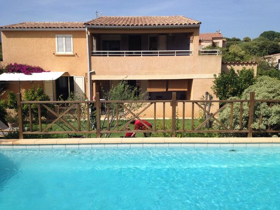 Residence Guddelmoni : L'appartement depuis la piscine