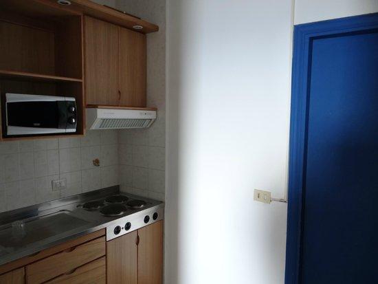 Residence Letojanni: kitchenette