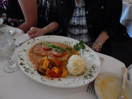 Bellissimo Restaurant: Polo Entree