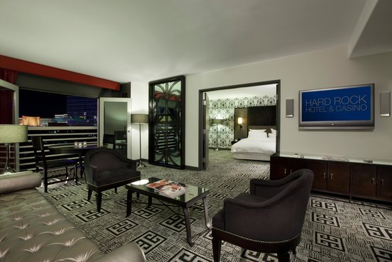 casino tower deluxe suite hard rock vegas