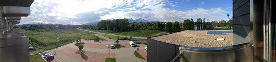 Hotel AquaCity Mountain View: Панорамный вид с балкона