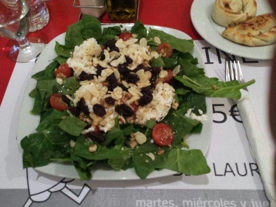 El Laurel : Astor salad