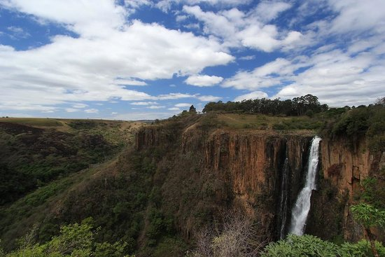 Howick Falls: View out towards the valley of a thousand hills (i think)