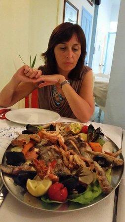 Peros Restaurant: Grigliata mista