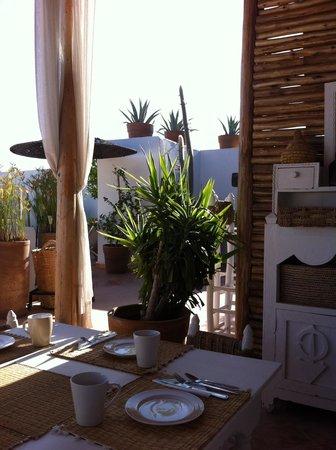 Riad les Orangers d'Alilia Marrakech : Vue du coin repas