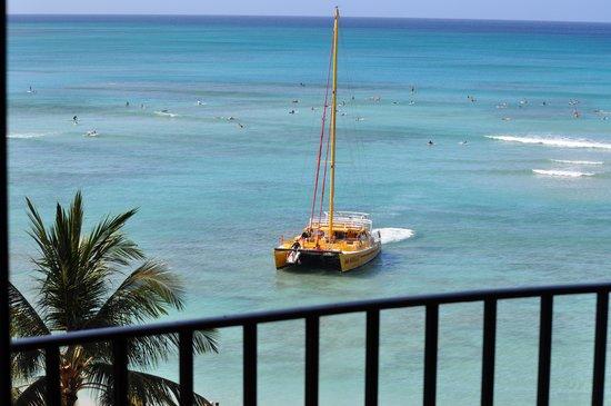 Outrigger Waikiki Beach Resort : Room view