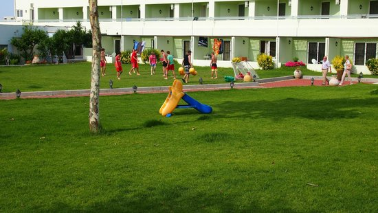 Avra Beach Resort Hotel - Bungalows : Playground