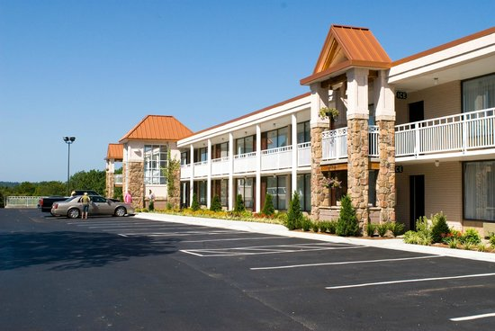 BEST WESTERN Inn of the Ozarks: Exterior