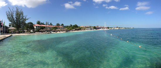 Sandals Montego Bay: View of the resort from pier
