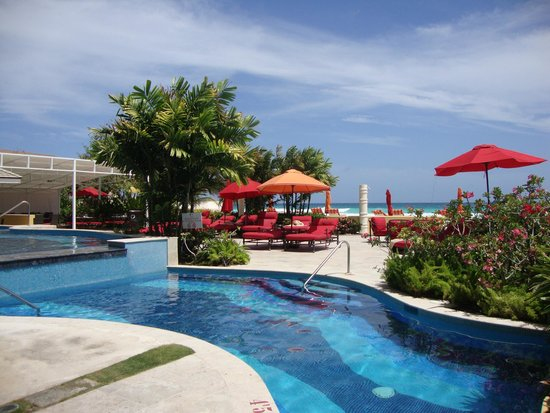 Ocean Two Resort & Residences: lovely place to chill