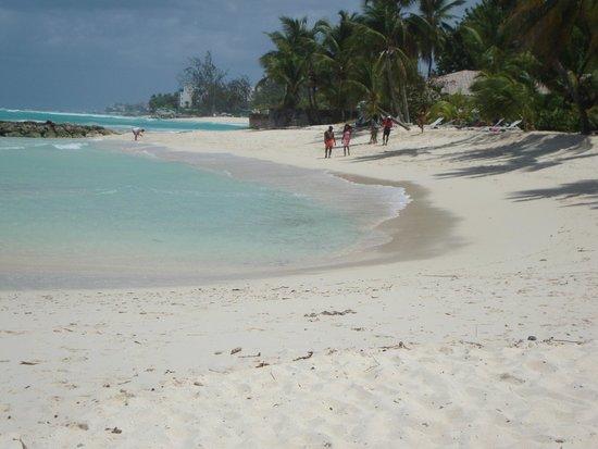 Ocean Two Resort & Residences: Beach life