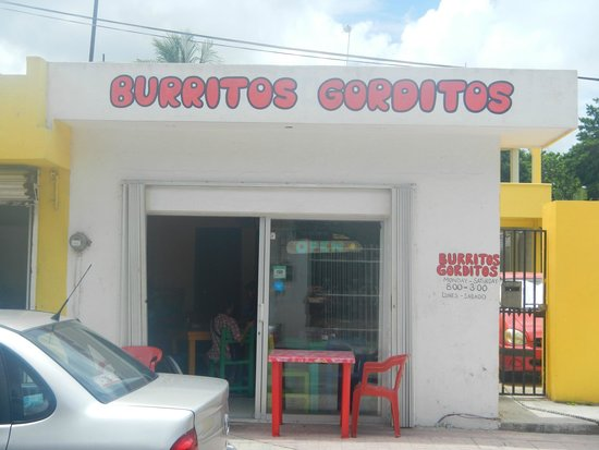 Burritos Gorditos : View from the street