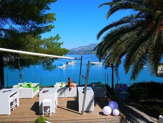 Hotel Cavtat : Veiw from hotel steps