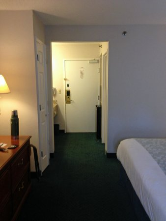 La Quinta Inn & Suites Brunswick : room overview 1