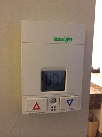 BEST WESTERN Woodland Hills Inn : The thermostat