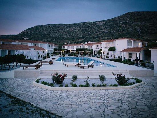 Fito Aqua Bleu Resort: Pool area