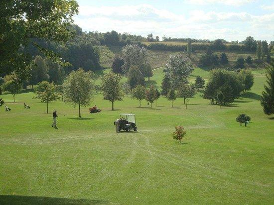 Les Belleme Golf Apartments : The Domaine du Golf de Belleme course - still looking great in late September