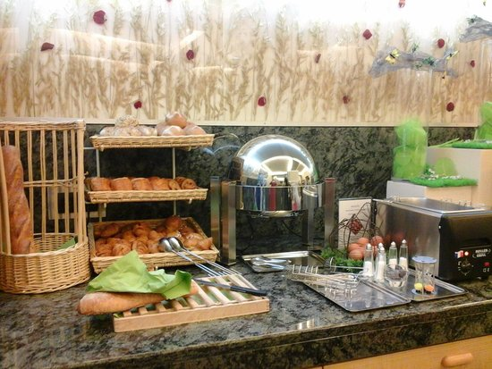 Hotel Magellan: Breakfast buffet