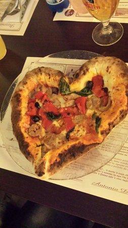 Pizzeria La Terrazza : Messicana a forma di cuore. .. (si vedeva, ma specifico perché non è per tutti. ..)