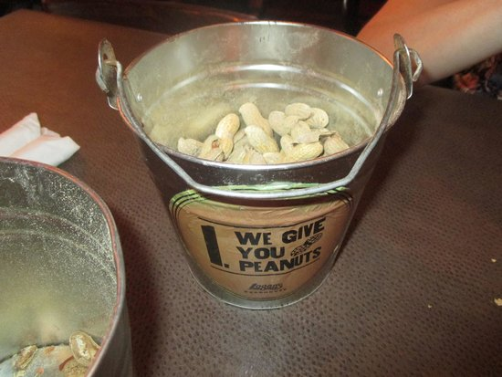 Logan's Roadhouse: Free Nuts