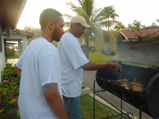 """Crystal Waters Villas : Camille teaching my son how to """"Jerk"""" chicken"""