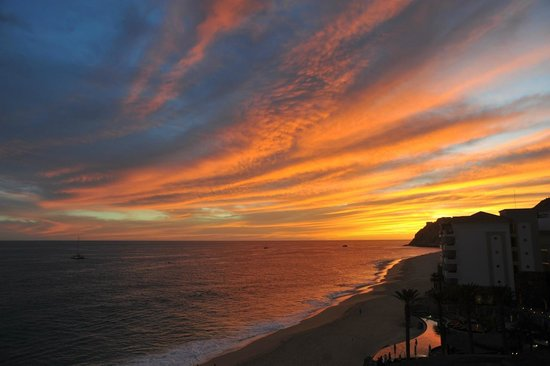 Grand Solmar Land's End Resort & Spa: Sunset from room 2302