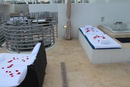 Z Ocean Hotel South Beach: a rooftop balcony