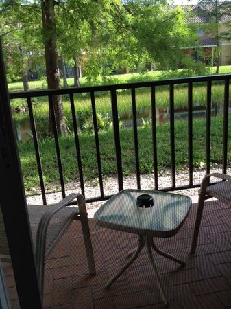 Best Western Premier Saratoga Resort Villas: 1st Floor Balcony
