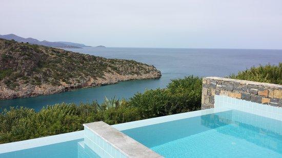 Daios Cove Luxury Resort & Villas : pretty views of the cove