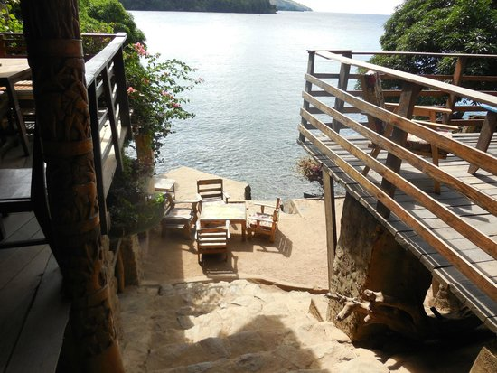 Mayoka Village: down from the bar is the little launch spot and great place to swim