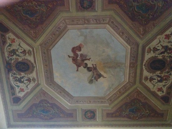 Palazzo Gamba: Ceiling mural over bed