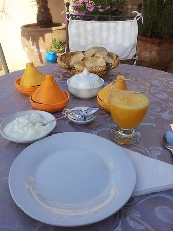 Riad 107 : A part of breakfast