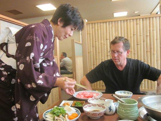 Asakusa Imahan Kokusai Dori Honten : The service here is excellent, also