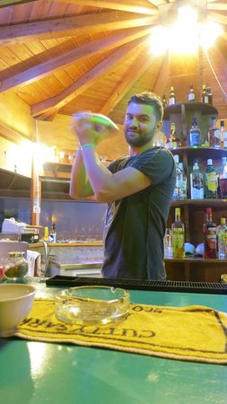 Mythos Studios: The lovely Stathis making a cocktail