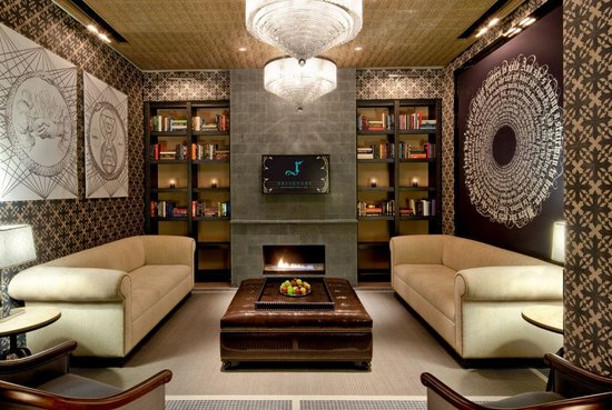 Hard Rock Hotel and Casino: Reliquary Men's Lounge