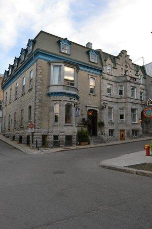 Chateau Fleur de Lys - L'HOTEL : Outside