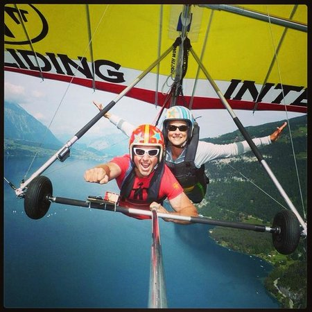Hang Gliding Interlaken : Flying was incredible!!