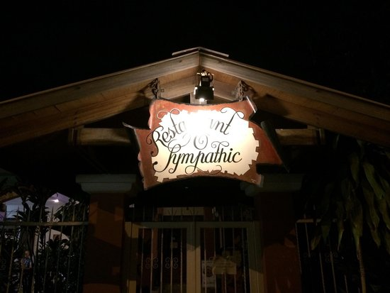 O Sympathic: Delicious food, steak is a must. Small but cozy!