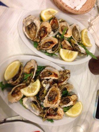 La Fraschetta del Pesce: ostriche alla griglia