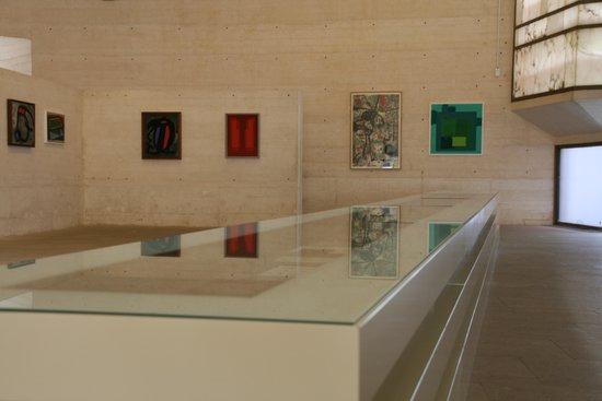 Fundació Pilar i Joan Miró a Mallorca: Open, spacious galleries