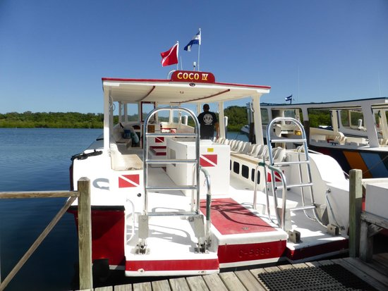 CoCo View Resort: One of the dive boats