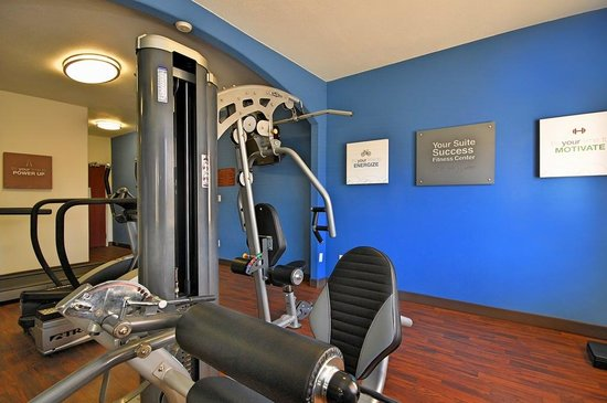 Comfort Suites: Fitness Room View 2